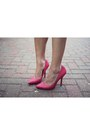 Hot-pink-leather-court-zara-heels-ivory-forever-21-purse