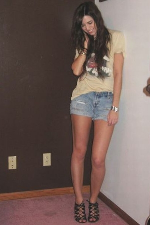 from Ebay t-shirt - DIY old navy cutoffs shorts - forever 21 necklace - forever