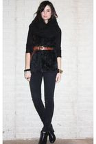 black H&M scarf - black booties Steve Madden shoes - black denim H&M leggings