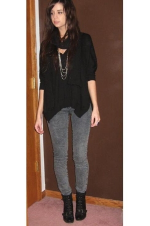 forever 21 sweater - forever 21 scarf - forever 21 jeans - Nine West shoes - for