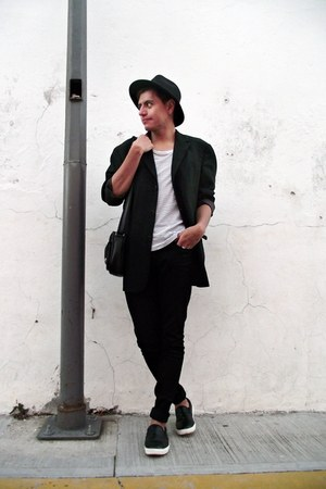 black H&M jeans - black calvin klein blazer - white H&M t-shirt