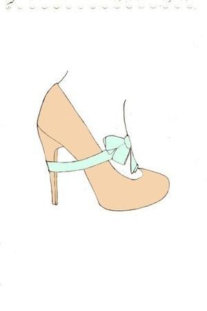 Elisa B heels