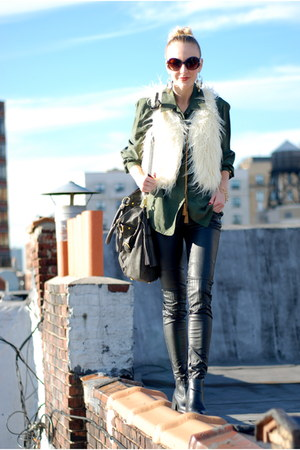 dark green shirt - black pants - ivory vest - olive green bag - black boots - go