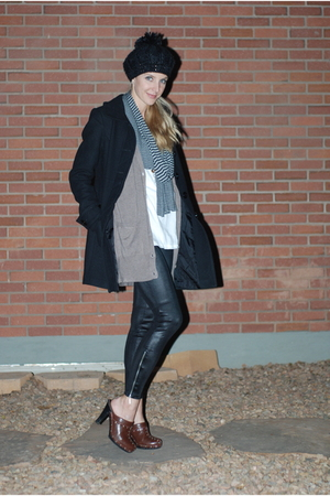 black Miley CyrusMax Azria leggings - brown H & M cardigan - black H & M coat -