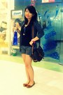 Dark-brown-louis-vuitton-bag-gray-topshop-shorts-black-tank-top-forever-21-b