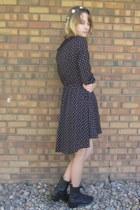 black vintage boots - black Forever 21 dress