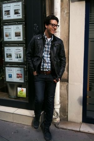 gray vintage jacket - black Palladium boots - brown vintage belt - blue Levis sh