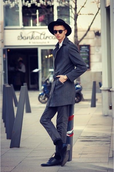 black fedora hat vintage hat - black leather shoes H&M shoes