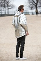 black Alexander Wang sunglasses - silver cukovy coat - white tiger Kenzo sweater