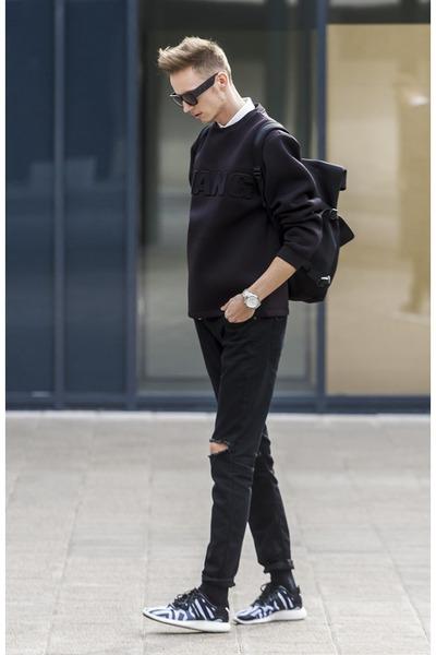 black wang Alexander Wang x H&M sunglasses - black ripped jeans jeans