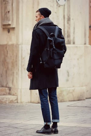 black H&M shoes - black H&M coat - navy vintage jeans - black bag