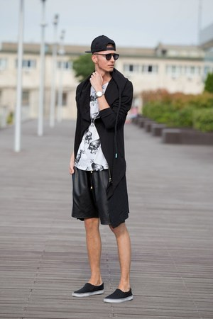 black slipon F&F shorts - black leather shorts guylook shorts