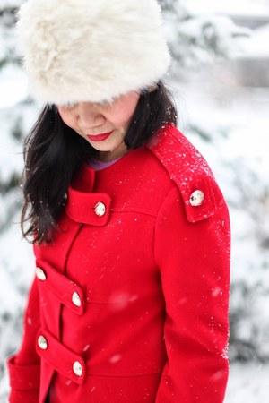 wool coat R29 coat - Topshop hat