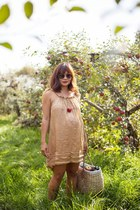 tan silk dress Coast Weber Ahaus dress - black aviator Chloe sunglasses