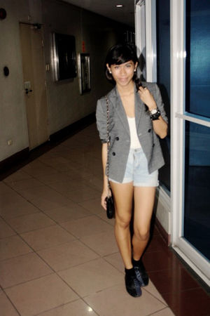 gray Thrift Store blazer - blue Guess shorts - blue Topshop shoes - black socks