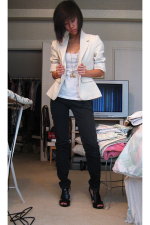 thrifted blazer - banana republic t-shirt - pacific sunwear jeans - Aldo shoes -