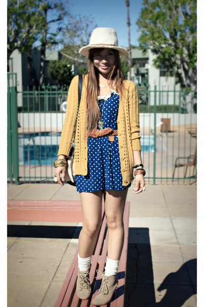 Forever 21 romper - Forever 21 sweater - Urban Outfitters bag