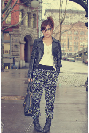 black H&M jacket - black harem Forever 21 pants