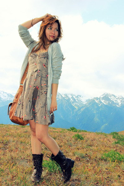 brown Urban Outfitters dress - brown Forever21 shoes - gold Forever21 accessorie