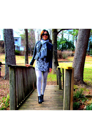 Charlotte Russe skirt - H&M shirt - Steve Madden boots