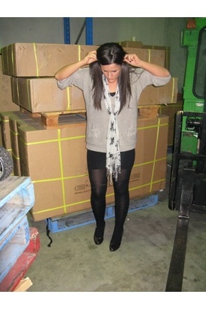 Sportsgirl sweater - american apparel worn as skirt dress - melbourne scarf - Mi