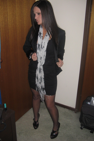 kenji dress - Topshop blazer - Sachi shoes -  scarf