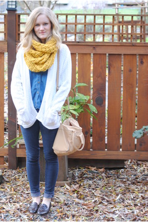 mustard crochet garden and sea scarf - black Forever 21 jeans