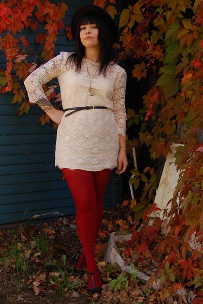 white Forever 21 dress - red Forever 21 tights - black Forever 21 hat - black vi