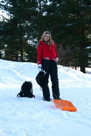 ski wear Vero Moda jacket - ski wear unknown pants