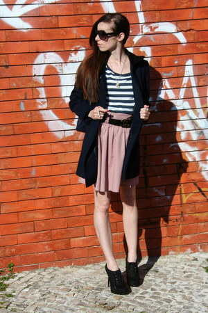 black hight lace ups Newlook shoes - navy double breasted Zara coat - peach high