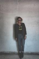 blazer - t-shirt - heels