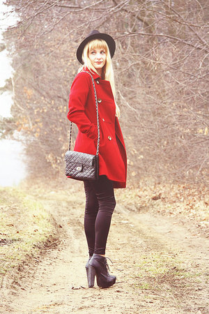 ruby red Bershka coat