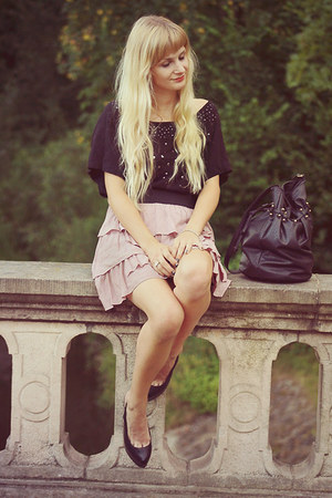 bubble gum Zara skirt