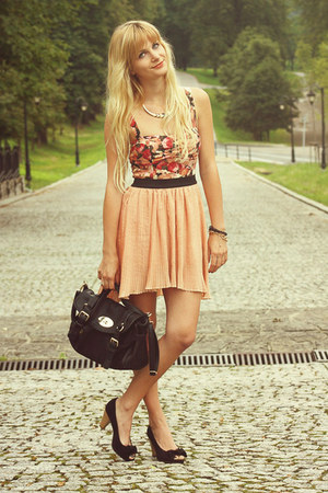 ruby red Bershka top - black deezee bag - light orange Pull & Bear skirt