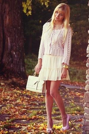 cream New Yorker skirt