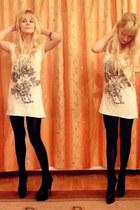 white Stradivarius dress - black deezee heels
