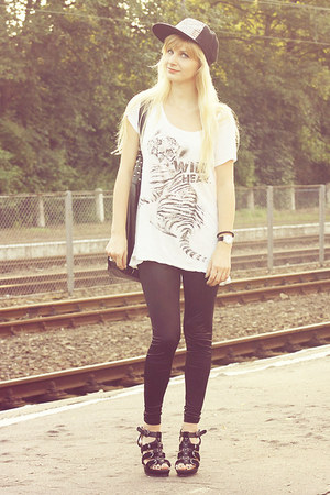 white Stradivarius top