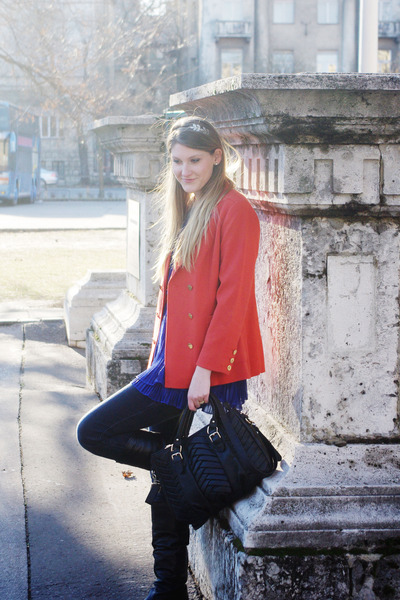 carrot orange H&M blazer - black Aldo boots - Orsay jeans - black Zara bag