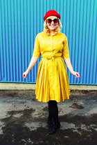 mustard silk vintage dress - red Divided hat