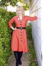 carrot orange linen Tara Starlet dress - black vintage heels