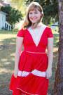 Red-square-dancing-vintage-dress