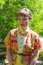 Carrot-orange-mexican-leather-vintage-bag-hot-pink-vintage-necklace