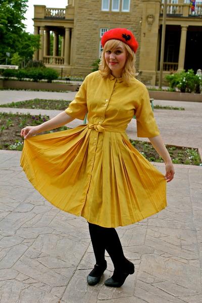 13f97730780 gold silk dress vintage dress - ruby red wool beret Tara Starlet hat