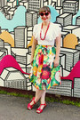 Chartreuse-fruit-print-mod-cloth-skirt-maroon-leather-miz-moos-heels