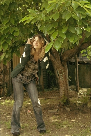 Bershka vest - etam top - Miss Koy jeans - Pimkie shoes