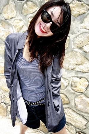 Ray Ban sunglasses - Esprit shorts