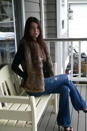 black Ed Hardy t-shirt - black shoes - brown Victorias Secret vest - abercrombie