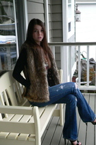 black Ed Hardy t-shirt - black shoes - brown Victorias Secret vest - abercrombie
