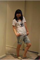 supre t-shirt - Sports Girl shorts - online accessories - Addidas shoes