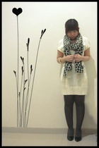 Zara scarf - giordano dress - tights